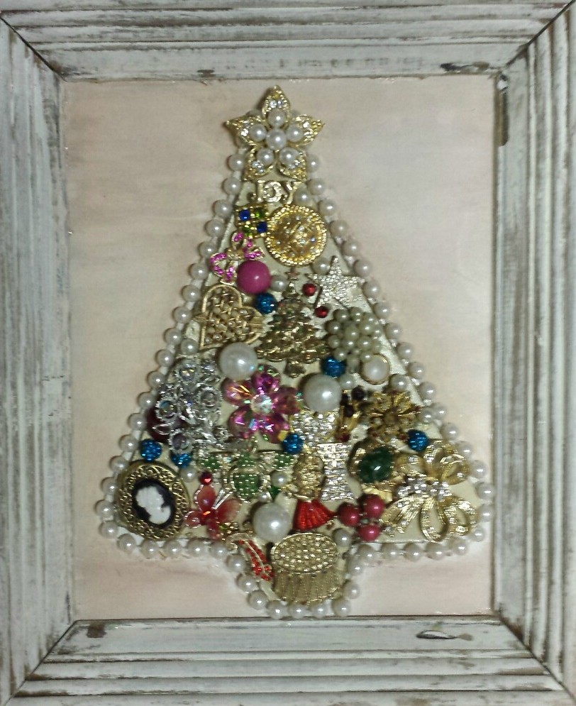 Vintage Jewelry Christmas Tree Sign